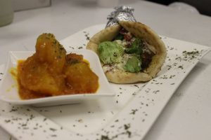 Ariana's of West Columbia - Gyro